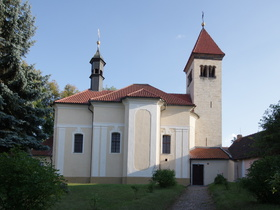 Kostel sv. Petra a Pavla v Řeporyjích